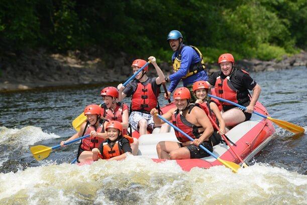 Testé pour vous : le rafting en famille!