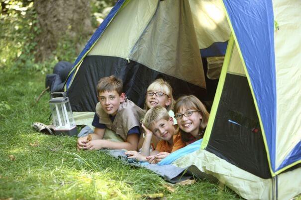 Équipement  de camping : 10 articles pour se lancer