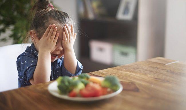 enfant qui refuse de manger