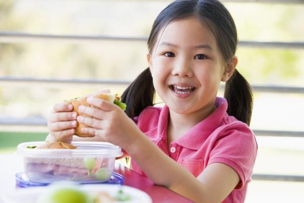 Alimentation: 5 résolutions à adopter pour la rentrée