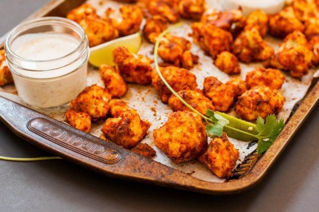 Recette: ailes de «poulet» végétariennes au chou-fleur