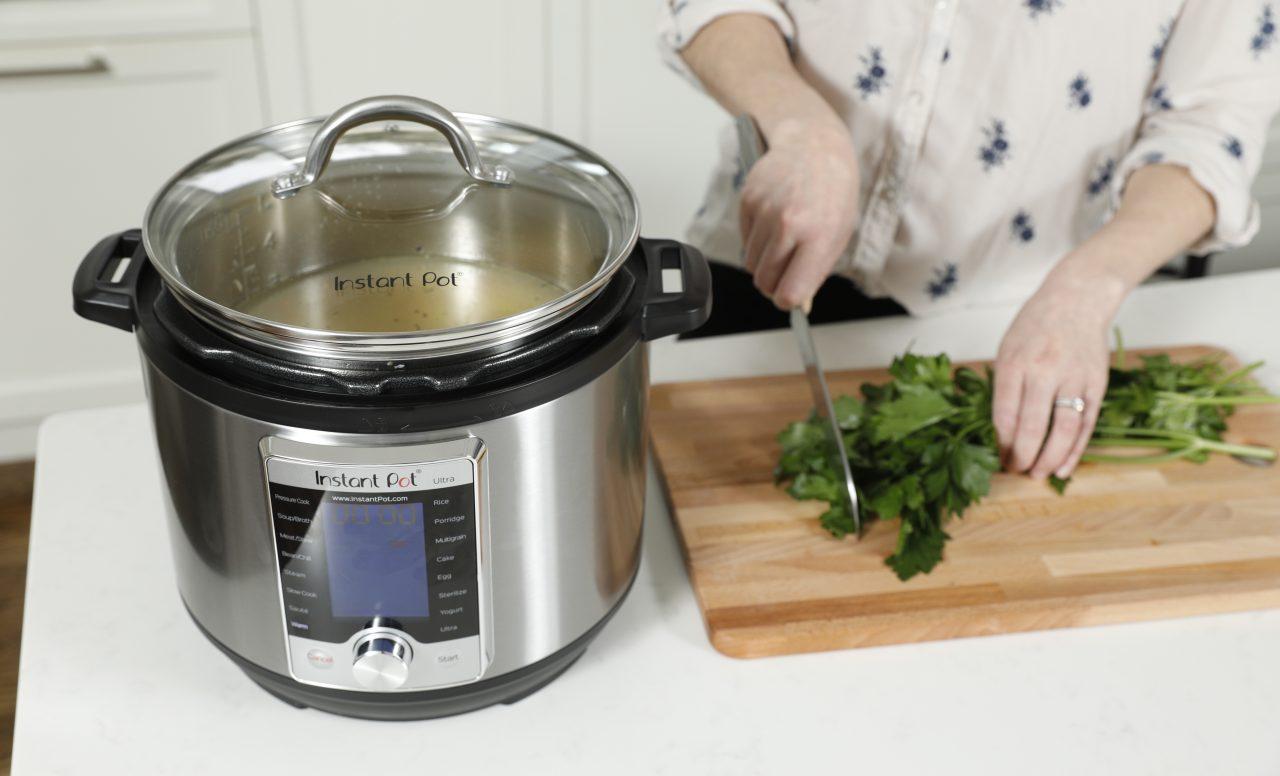 Instant Pot: 4 raisons d'adopter le gadget de cuisine dont tout le monde parle