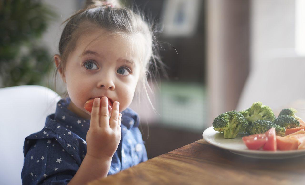 Comment gérer les collations de vos enfants quand ils sont à la maison?