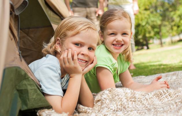 9 avantages de camper en famille