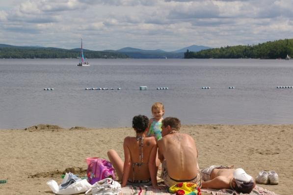 14 belles plages où nager en famille au Québec