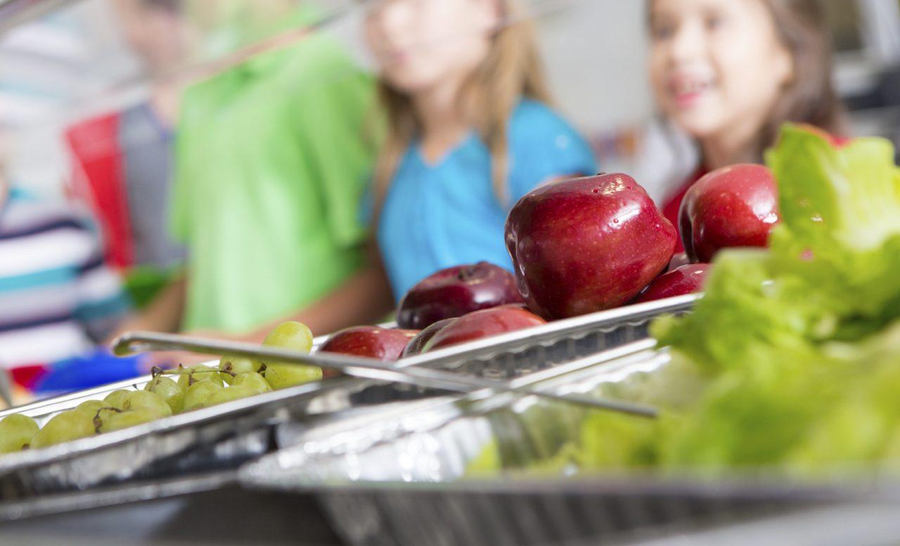 4 conseils pour combattre la malbouffe à la cafétéria de l'école