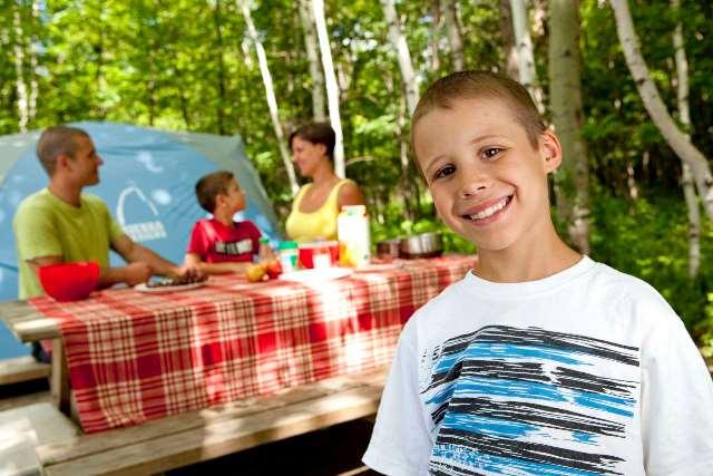 Du camping en famille dans les parcs nationaux du Québec