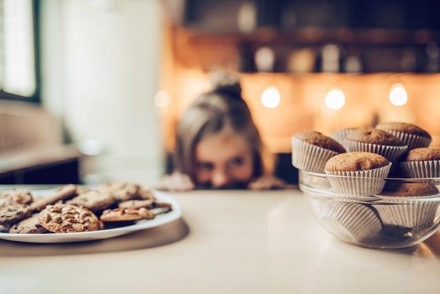 Desserts, sucre et sucreries: quelle attitude adopter en tant que parent?
