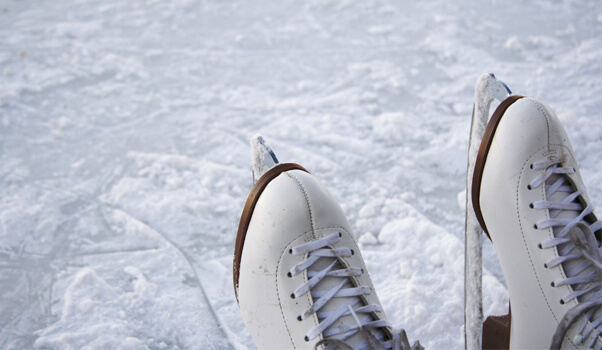 Mauricie: 4 beaux endroits où patiner en famille cet hiver