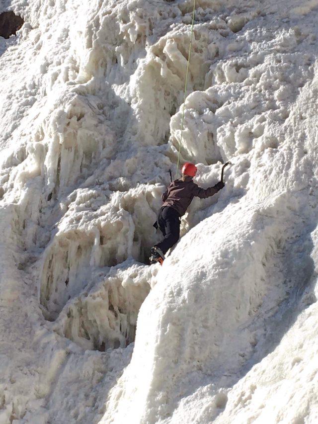 escalade-de-glace-attitude-nordique