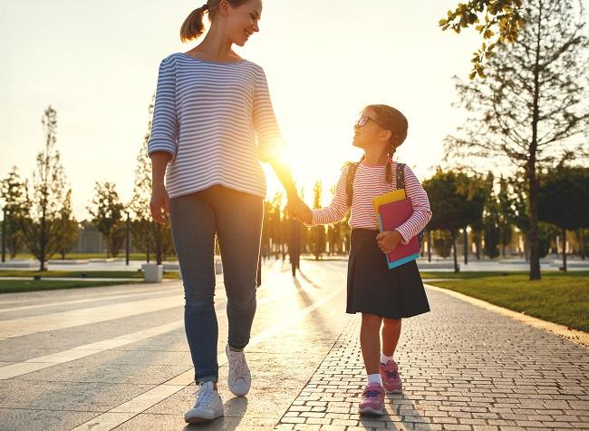 Rentrée scolaire: 5 trucs pour une première journée d'école réussie