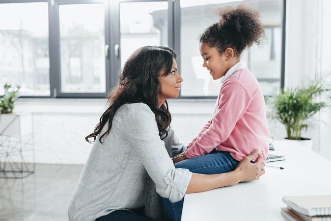Virus et maladie: 7 pistes pour en parler avec les enfants