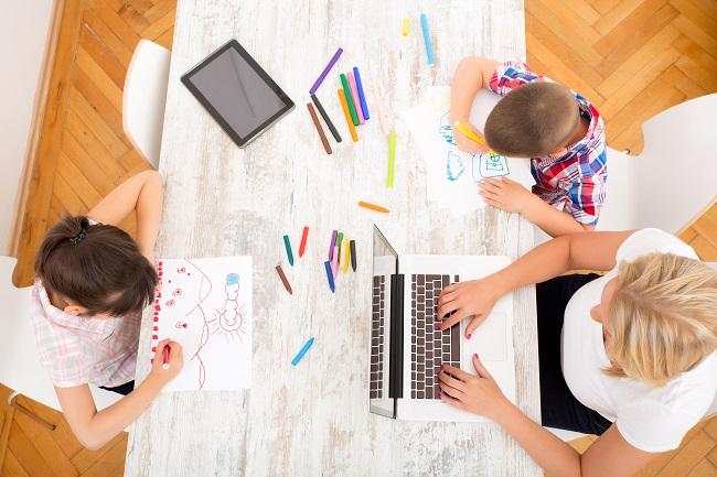 À la maison avec les enfants? Voici nos idées d'activités gratuites!