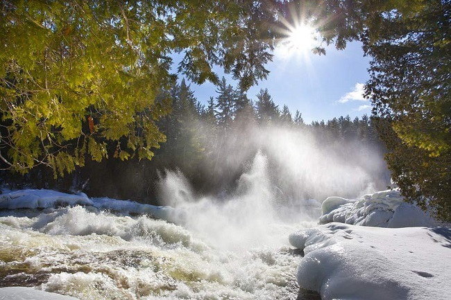 Cascades parc d'Opémican en Abitibi-Témiscamingue