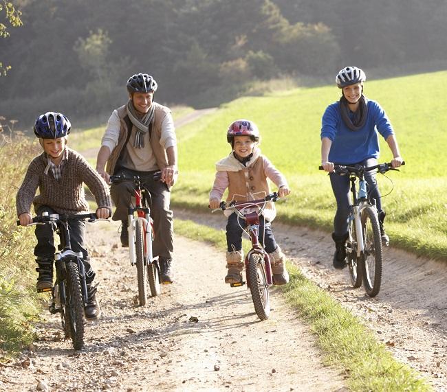 Comment débuter le vélo de montagne en famille?