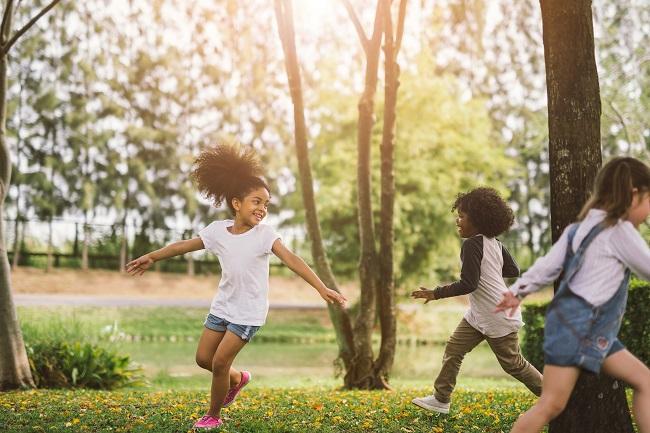 Développement moteur des enfants: 5 outils pour les parents et intervenants
